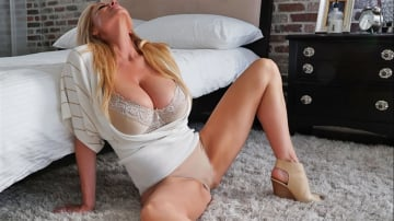 Kelly Madison - Bedroom Bliss