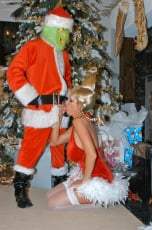 Kelly Madison - Mr. Grinch (Thumb 08)