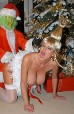 Kelly Madison - Mr. Grinch (Thumb 13)