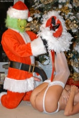 Kelly Madison - Mr. Grinch (Thumb 16)