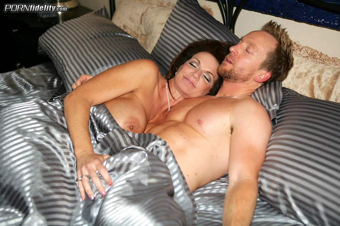 Deauxma In Milf Money Photo 1  Porn Fidelity-9342