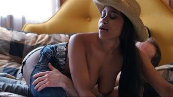 Jenna J. Foxx in 'Saddle Up'