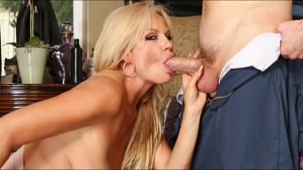 Kelly Madison in 'Bugman Returns'