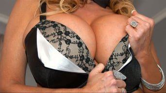 Kelly Madison in 'Cum Flavored Ch...'