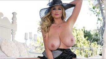 Kelly Madison in 'Frosted'