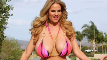 Kelly Madison in 'Kelly and Sophie'