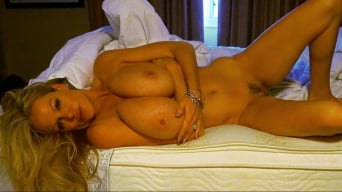 Kelly Madison in 'Late Night Drunks'