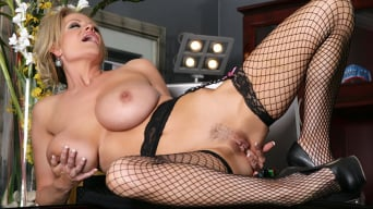 Kelly Madison in 'Phone Affair'