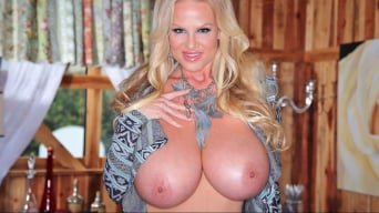 Kelly Madison in 'Tribal Tease'