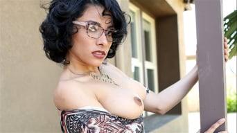 Maya Morena in 'Extreme Sale'