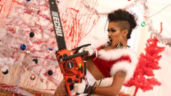 Skin Diamond in 'XXX-MASsacre'